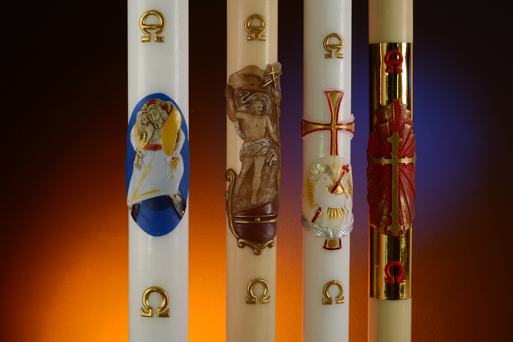 Paschal candle: the light that frees us from darkness